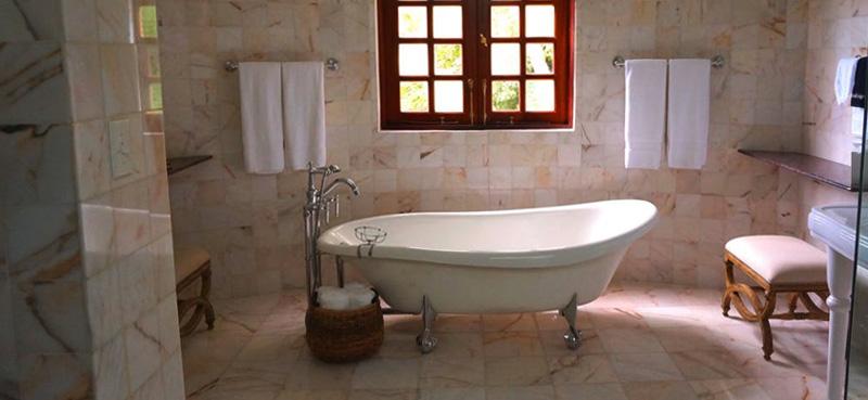 bathroom-cleaning-memphis